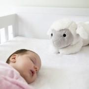 LIZ & baby in bed 75dpi