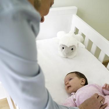 LIZ with baby & mother 75dpi